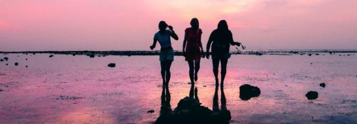 Girls sunset header
